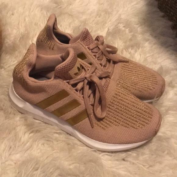 e069acc671fc Shoes - Sz 7.5 Women s Adidas Swift Run Pink Gold